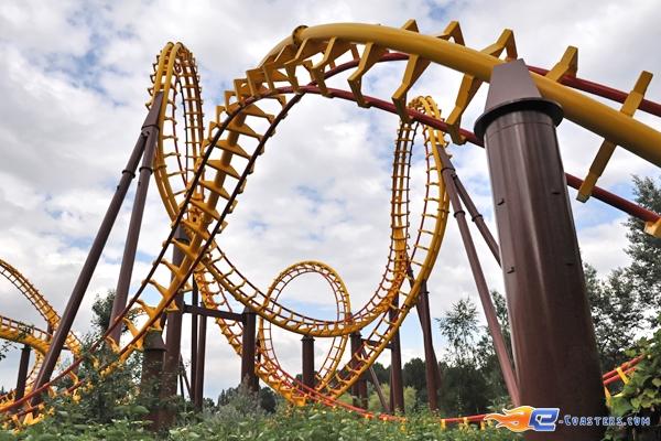 Rock 'n' Roller Coaster ( Infos, Technique, Chiffres , exlcu ) 140969goudur10