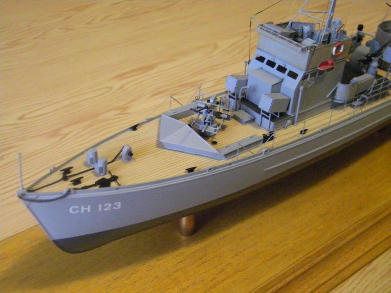 Chasseur de sous-marin CH 123 au 1/100e sur plan 1435171001720