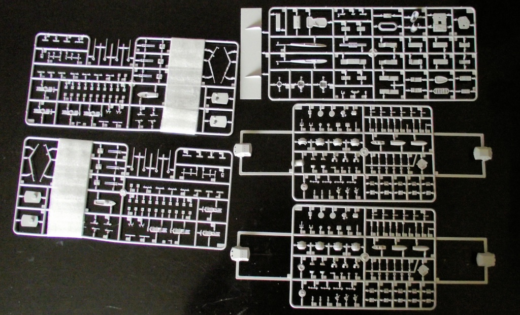Prinz Eugen Trumpetter 1x350 avec PE Eduard 144725PrinzEugen1x3506