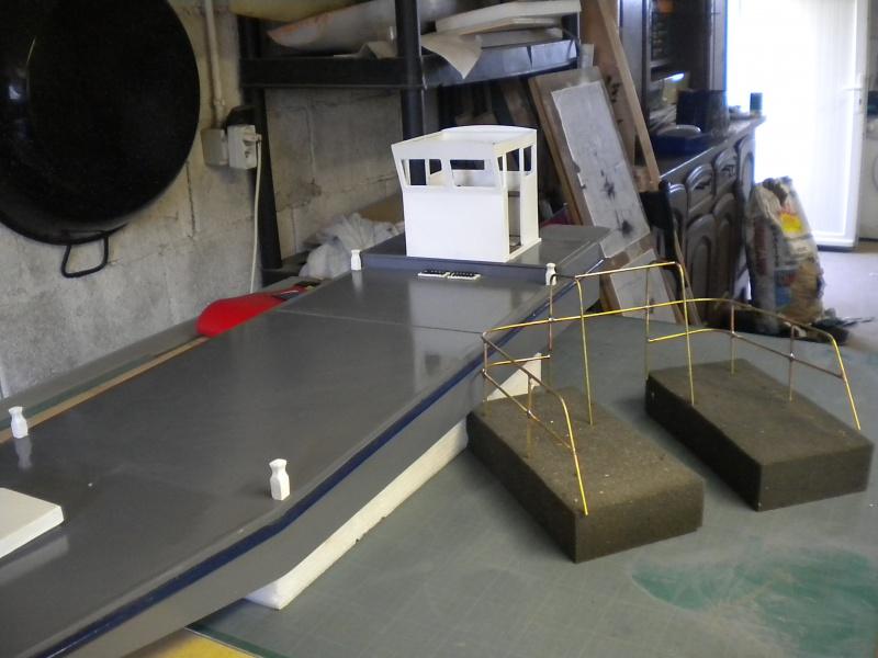 TUGDUAL Barge Ostreïcole sur plan RC Marine au 1/10 ° - Page 12 152615DSCN5175