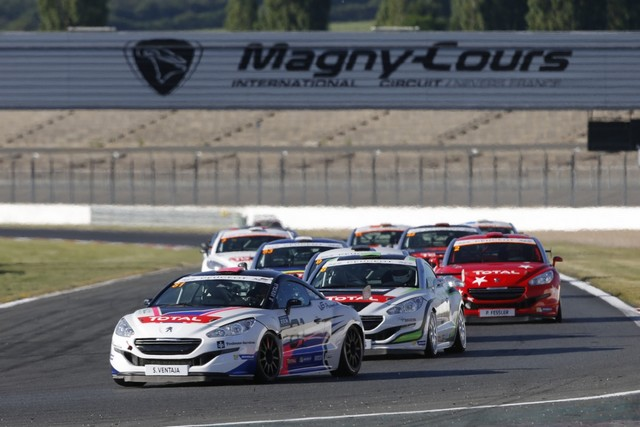 RCZ Racing Cup / David Pouget Fait Le Plein De Points À Magny-Cours ! 15341057817c01e81af