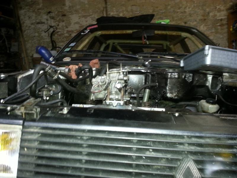 Mimich et sa R9 Turbo (du moins ce qu'il en reste) 15354920130411154539