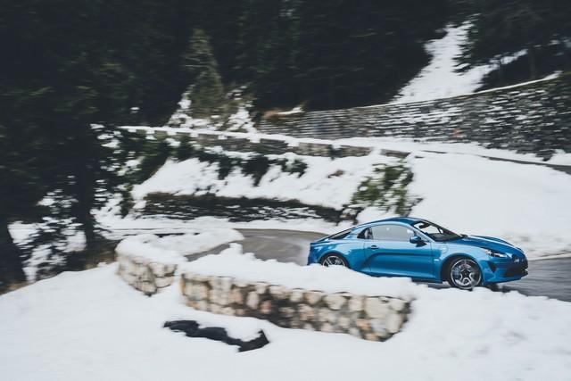 Alpine est de retour - A110, la voiture de sport française agile et compacte 1549488832416