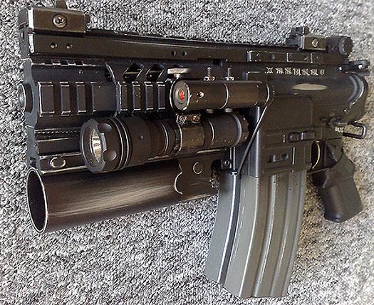 L'Armurerie W40K :  armes pour les grands enfants ! 15547140kwarhammerboltgun2