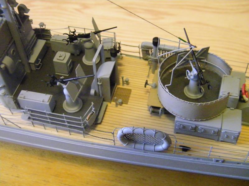 Chasseur de sous-marin CH 123 au 1/100e sur plan 1574301001727