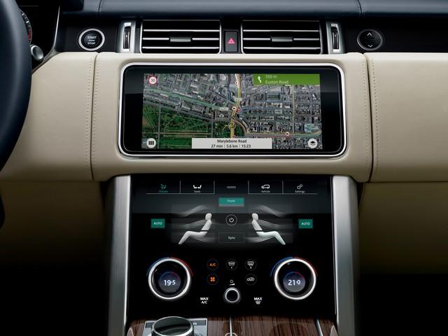 Le Nouveau Range Rover intègre dans sa gamme une motorisation essence hybride rechargeable 157732rr18mydetail10101717
