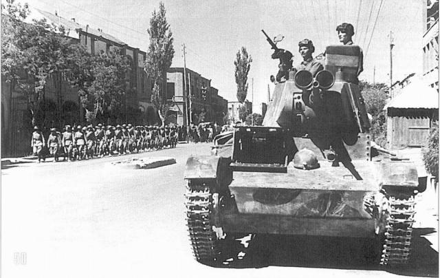 T-26 mod 37 Iran 1941 (Zvezda 1/35e) 165744T26M382Iran