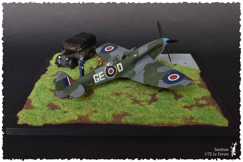[Heller] Spitfire Mk. XVI 165860SpitfireMk1616