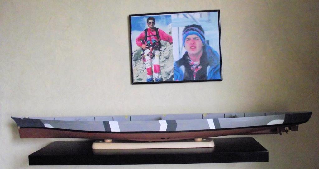Bismarck Trumpeter 1x200 avec PE et figurines Eduard 166803Bismarck1x20020