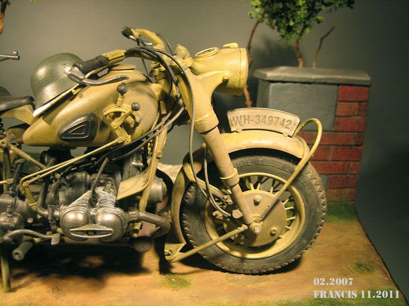 Moto BMW R 75  échelle 1/9 167105Dio1107BMWR75