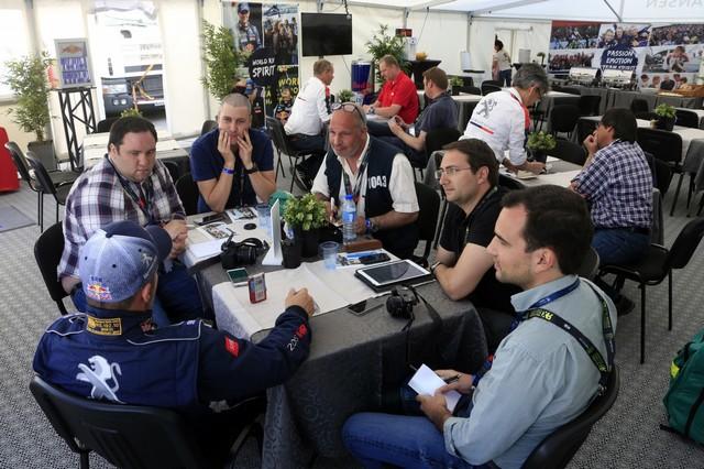 Sébastien Loeb et la PEUGEOT 208 WRX décrochent une belle deuxième place à Montalegre 16800358fc8e77c4fba