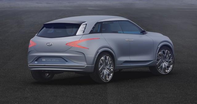 Hyundai a dévoilé son concept Fuel Cell nouvelle génération au salon de l'automobile de Genève 170317FEFuelCellConcept2