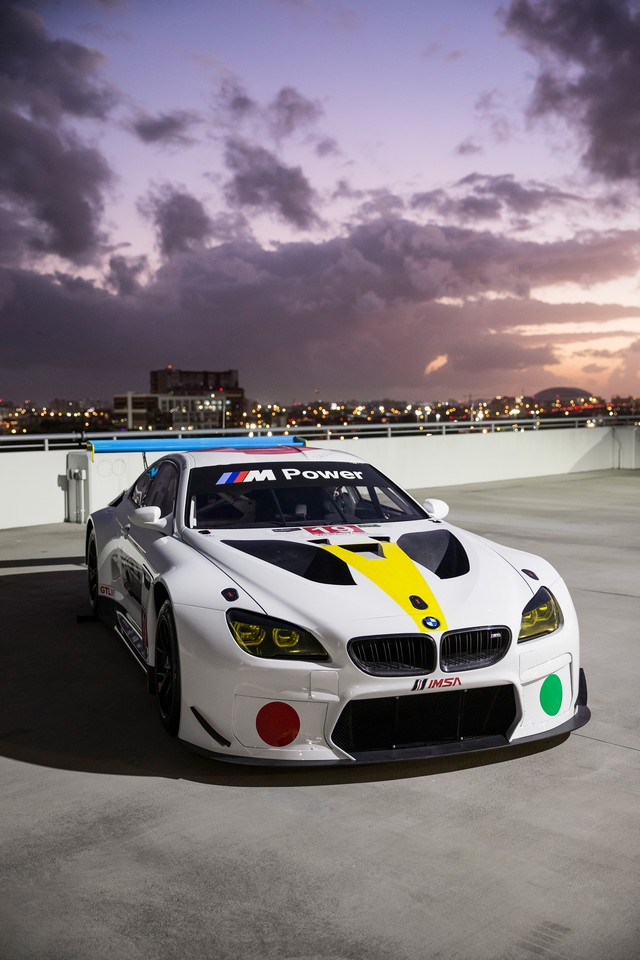 La BMW Art Car créée par John Baldessari dévoilée à Art Basel Miami Beach 2016 170340P90243792highResthe19thbmwartcar