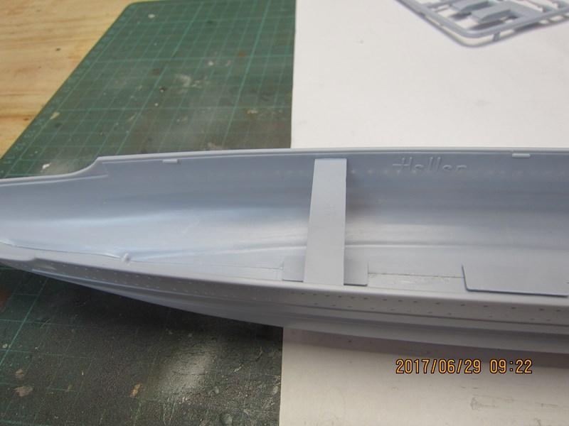 Admiral Scheer  Heller 1/400 Concours Heller 60 ans 170592IMG4679Copier
