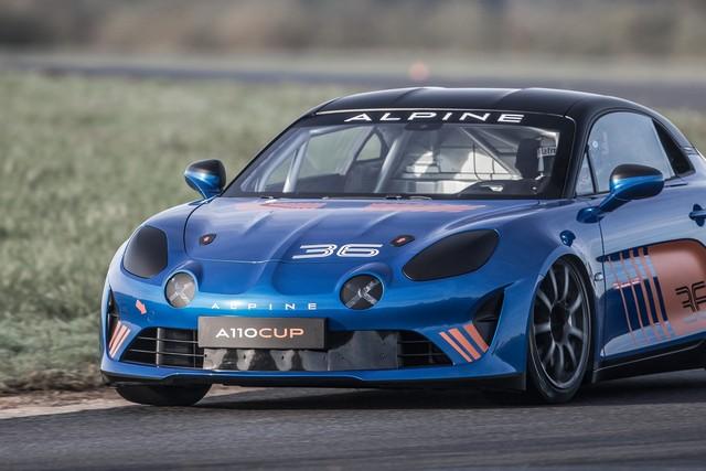 Alpine A110 Cup : une authentique voiture de course, taillée pour les plus grands circuits européens 178692211987102017AlpineA110Cup