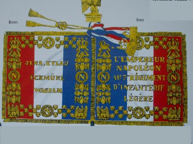 7ème régiment d infanterie légère - 1812 - Petite surprise ! 182033CDataUsersDefAppsAppDataINTERNETEXPLORERTempSavedImagesdrapeau7eLeger1812