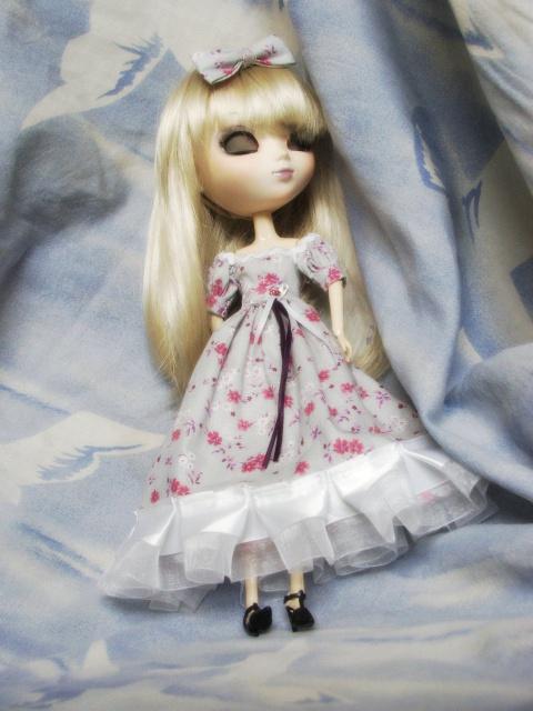 Besoin d'un mannequin couture BOBOBIE MEI P1 tt en haut - Page 2 185562DSCF1036