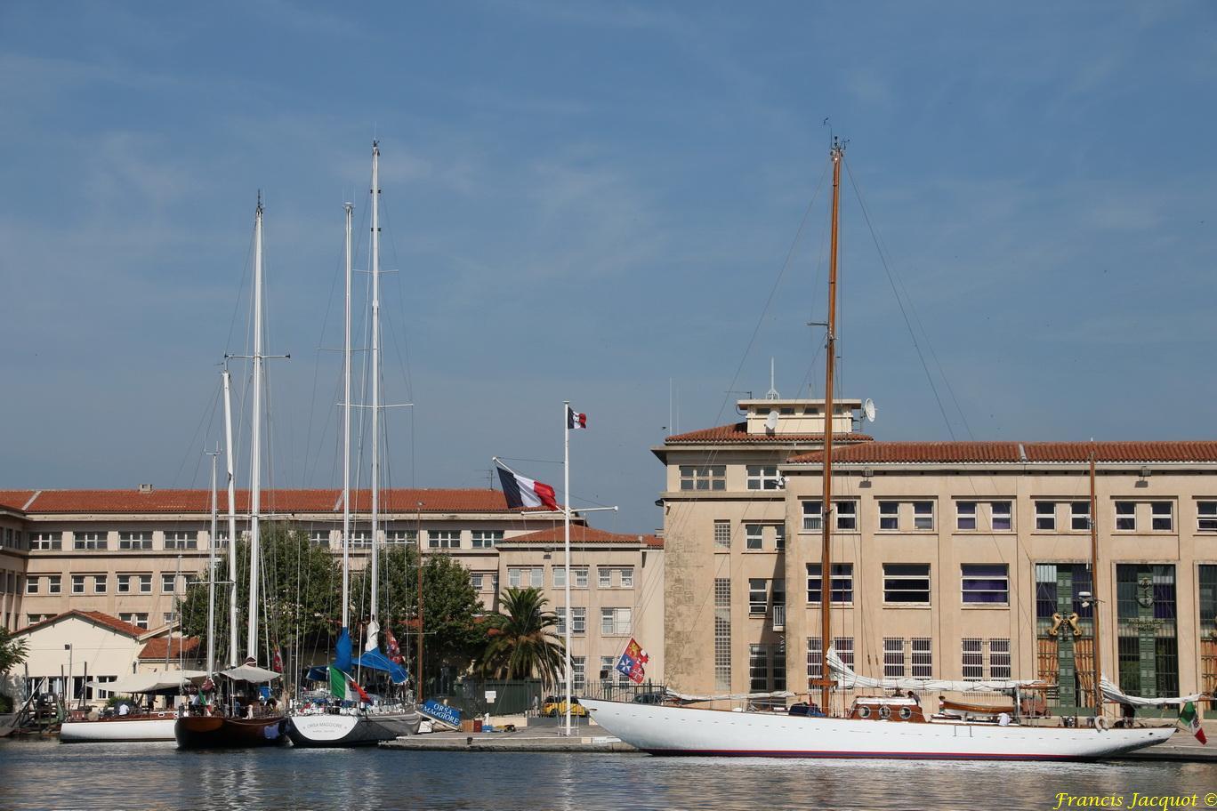 [ Marine à voile ] Voiliers Ecoles de la Marine Italienne 1869023005