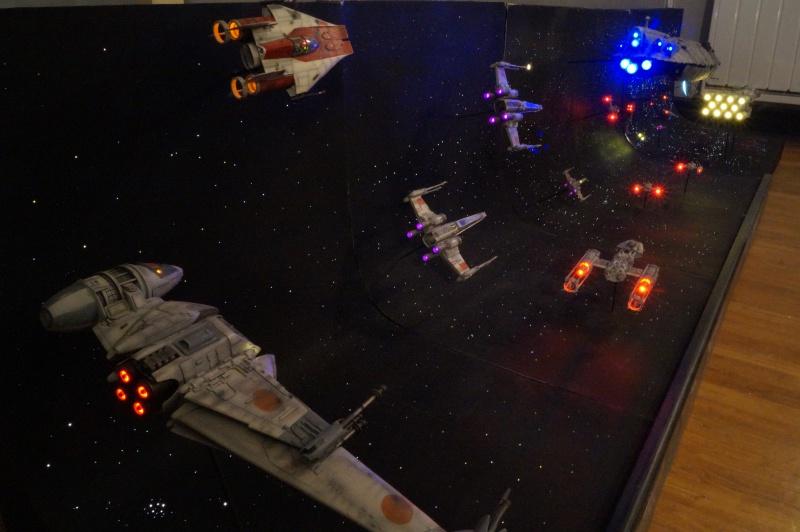 STAR WARS : Diorama Flotte rebelle - Page 4 186910DSC00819