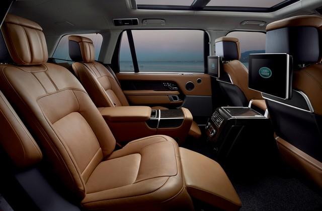 Le Nouveau Range Rover intègre dans sa gamme une motorisation essence hybride rechargeable 190136rr18mydetail10101704