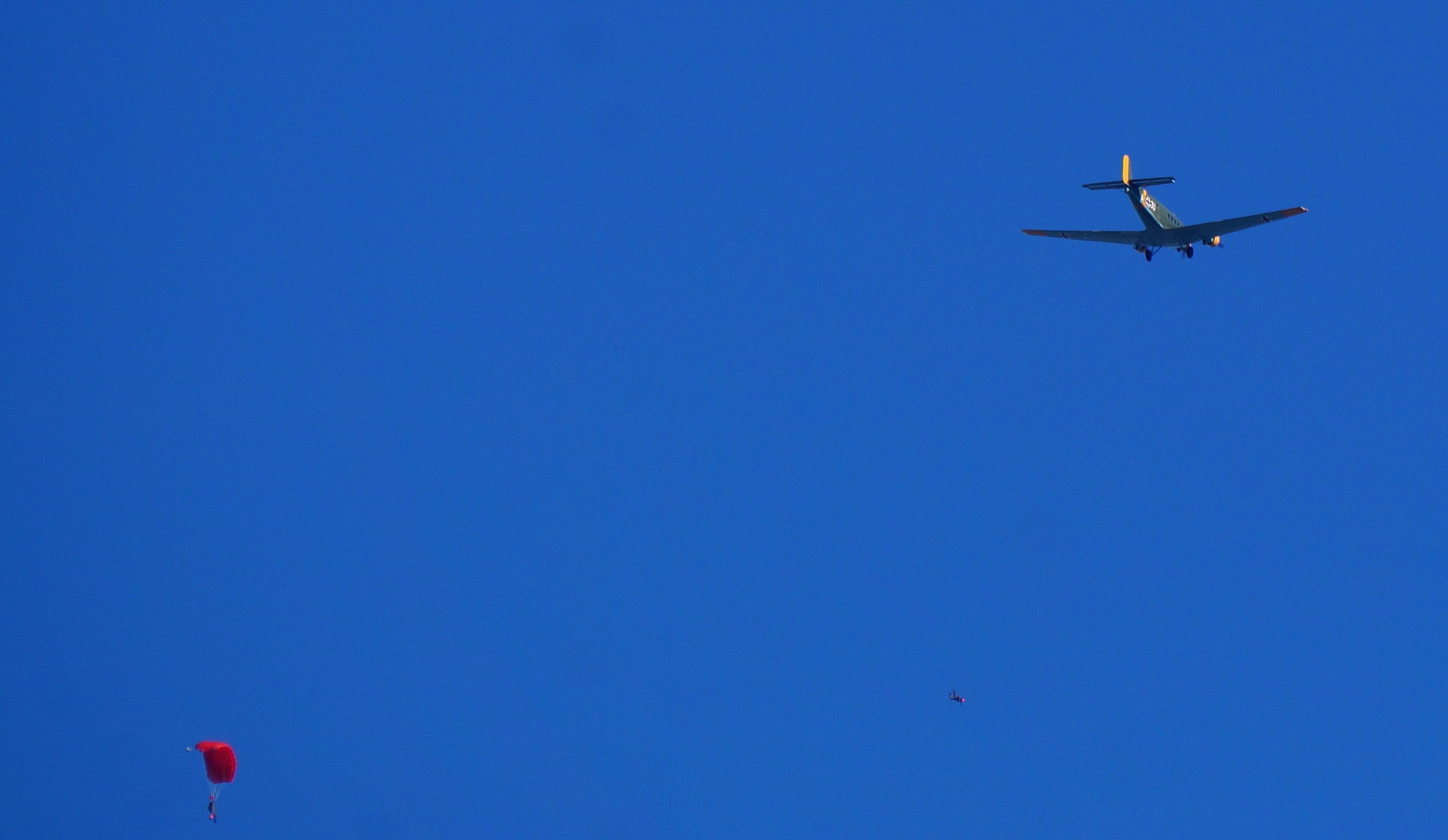 [ Aéronavale divers ] Quel est cet aéronef ? - Page 6 191754avionallemand4