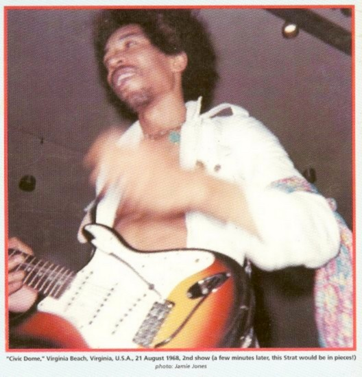 Virginia Beach (Civic Dome) : 21 août 1968 [Second concert] 194502civicdome0868