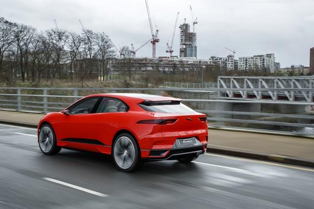 Le concept électrique Jaguar I-Pace dans les rues de Londres  199784ipacelondon015