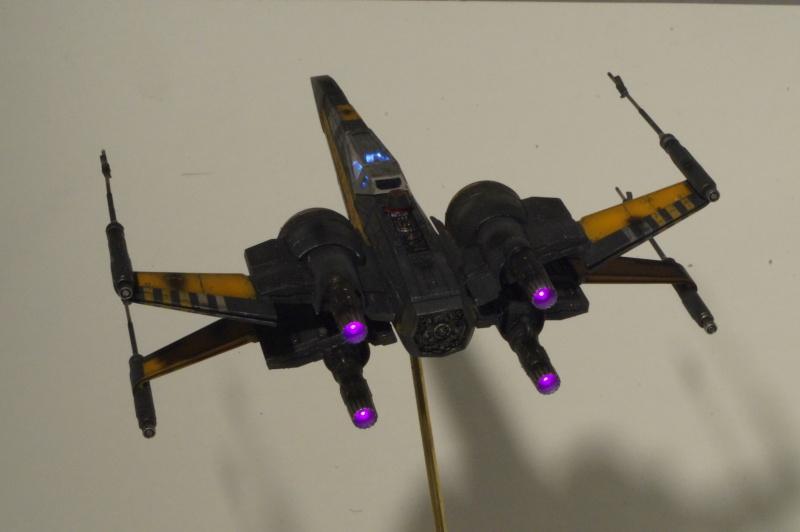 "X-Wing ""Resistance"" T-70 Bandaï 1/72 202185DSC01534"