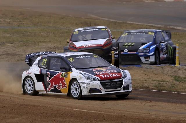 Le Team Peugeot Hansen vice-champion du monde de Rallycross* !!! 2045315a086e14b4086zoom