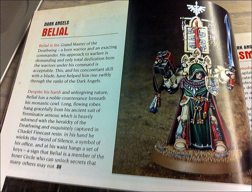 Codex Dark Angels et nouvelles figurines 208801WhiteDwarfjanvier2013D