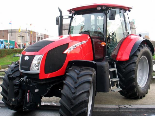 Photos de tracteurs Zetor  - Page 2 210873123951092277290884101000000355162012246965540036n
