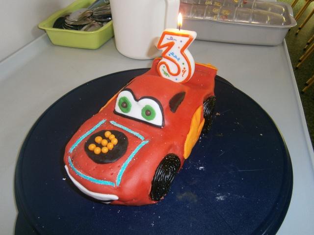 Cars quatre roues : Flash McQueen et ses amis - Page 4 214775P4180221