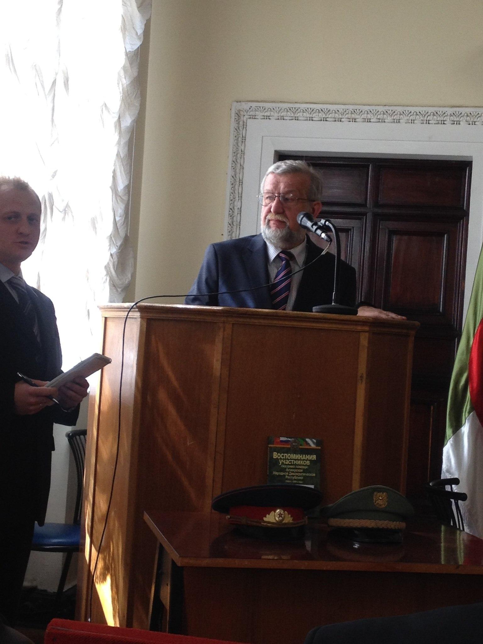 العلاقات الجزائرية الروسية 2165781103