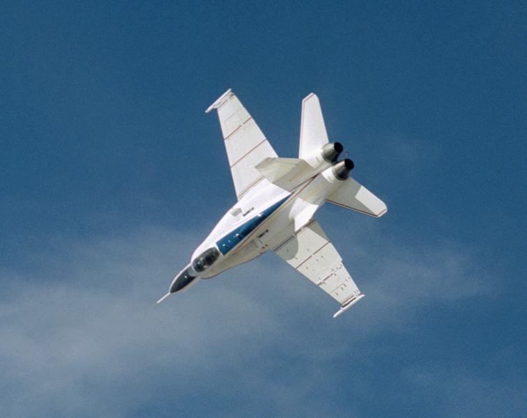 MCDONNELL-DOUGLAS F/A-18 HORNET  216677X53