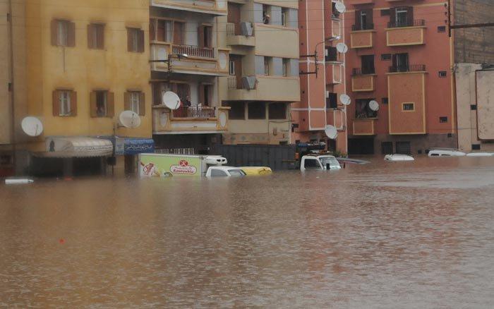 ما لم تشاهدوه من فيضانات العاصمة الأقتصادية 21800715607546495340644354883144357354774796823njpg