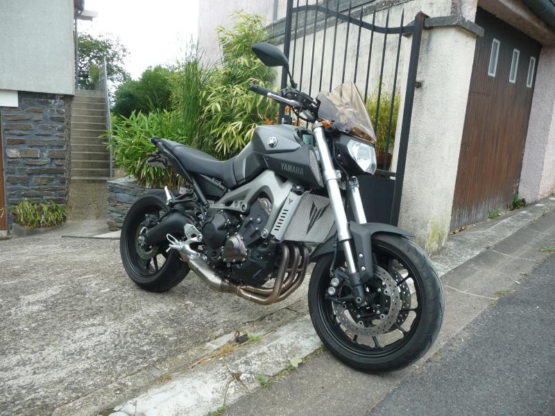 Photos de toutes les Yamaha MT-09 du forum ! :) 222510YElrouss08