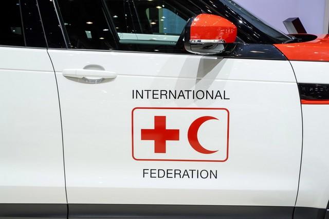 Project Hero, une version unique du nouveau Land Rover Discovery pour la Croix Rouge autrichienne  233695lrnewdiscoveryprojecthero07021731