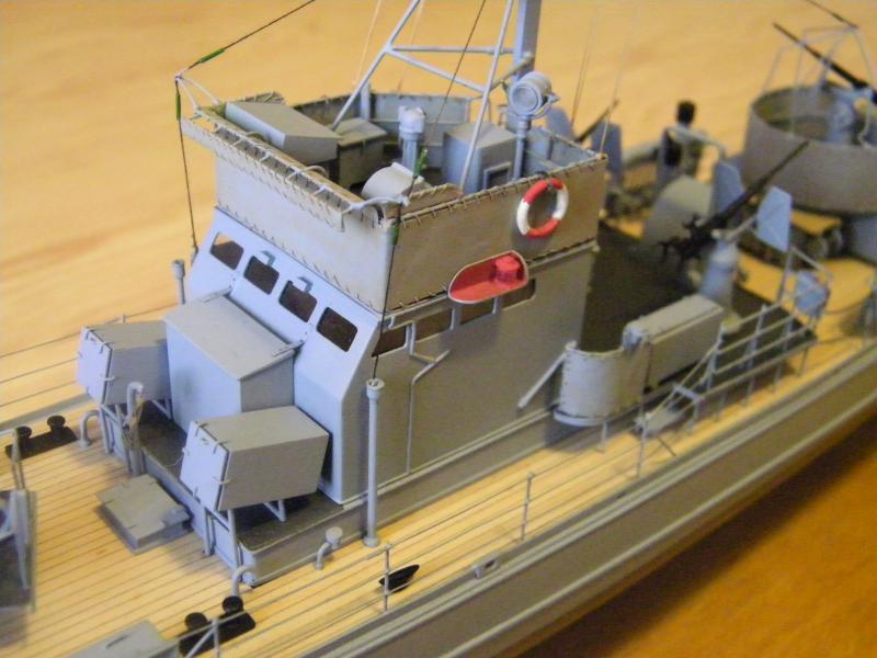 Chasseur de sous-marin CH 123 au 1/100e sur plan 2390441001724