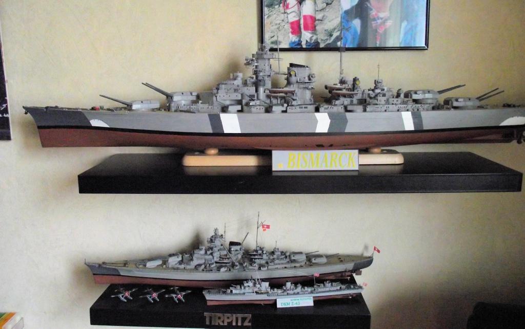 Bismarck Trumpeter 1x200 avec PE et figurines Eduard 239185Bismarck1x200114