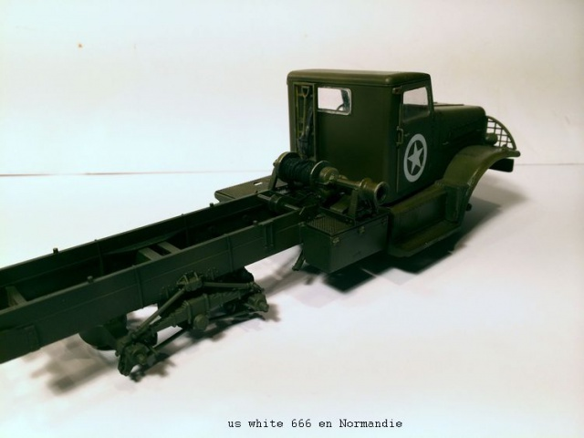 us white 666 cargo truck au 1/35 en Normandie hobby boss 240464white1007