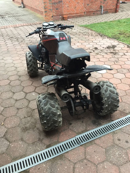 Quad GPz 900R Ninja 246073QuadKawasakiGPZ900RN02