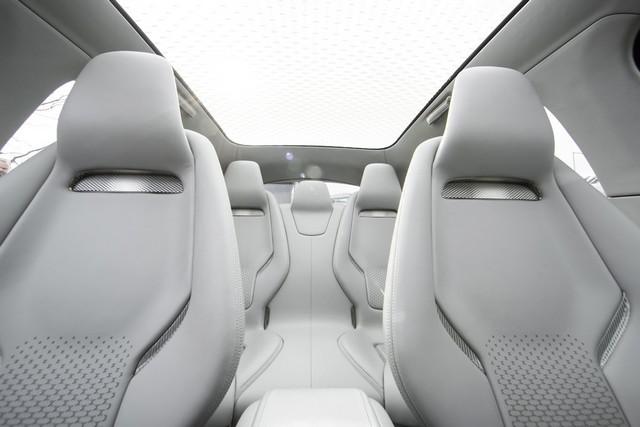 Le concept électrique Jaguar I-Pace dans les rues de Londres  249677ipacelondon068