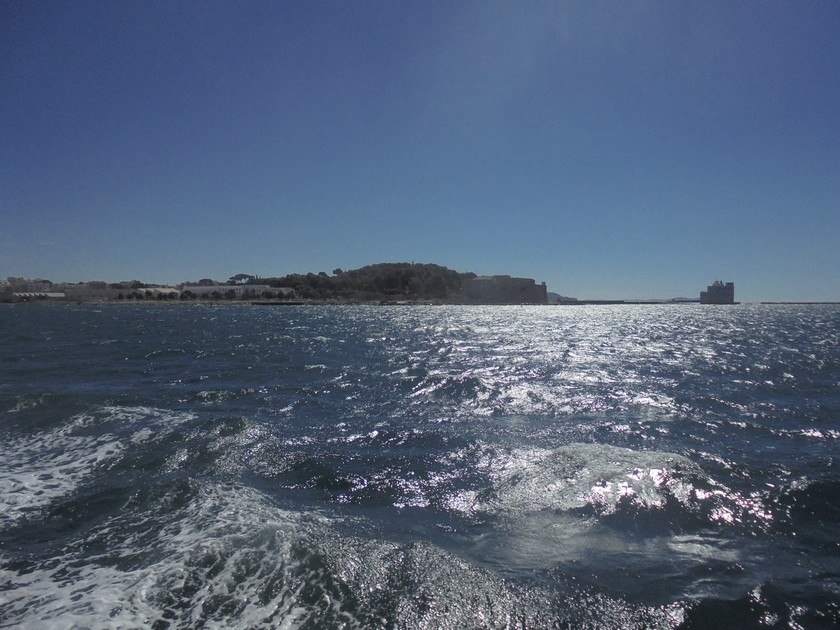 [Les Ports Militaires de Métropole] Visite de la rade de Toulon - Page 14 256378DSC03777