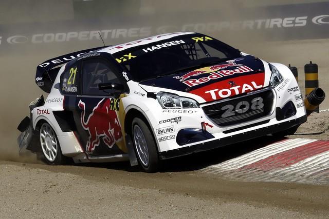 Sébastien Loeb et la PEUGEOT 208 WRX décrochent une belle deuxième place à Montalegre 25708858fc8df0e01b1