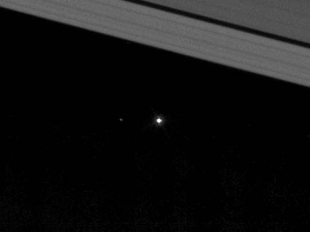 """Mission Cassini, phase """"Ring-Grazing Orbits"""" (30.11.2016 - 15.9.2017) - Page 2 258221terrelune"""
