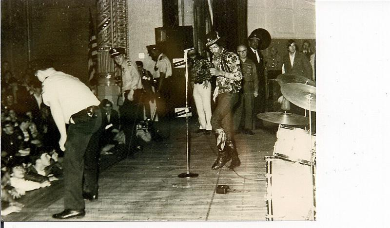 Cleveland (Public Music Hall) : 26 mars 1968 [Premier Concert] 260442ClevelandCCjpg