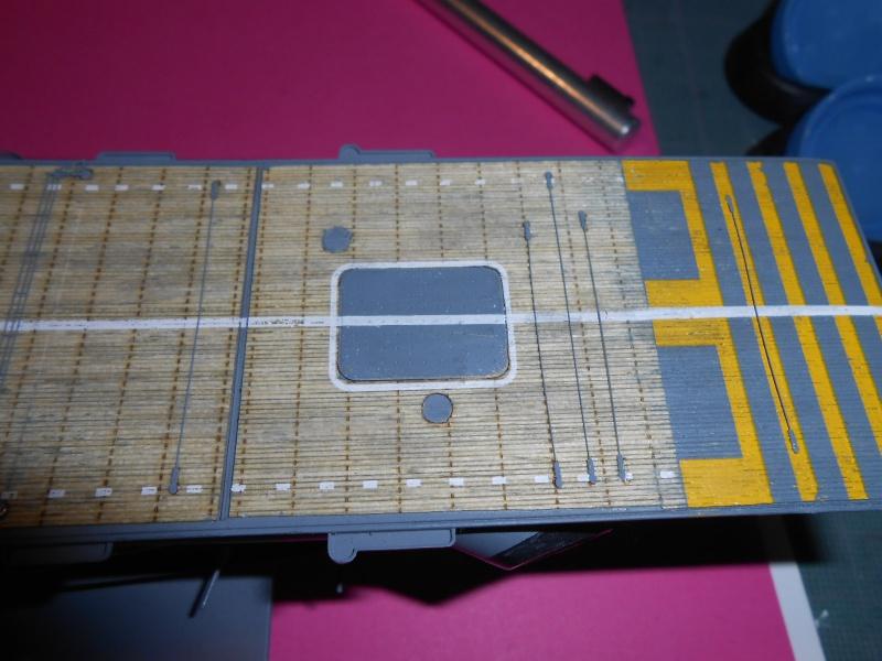 Kaga/Tenryu 1932 1/700 PE/Ponts en bois+Babioles - Page 4 262040DSCN7445