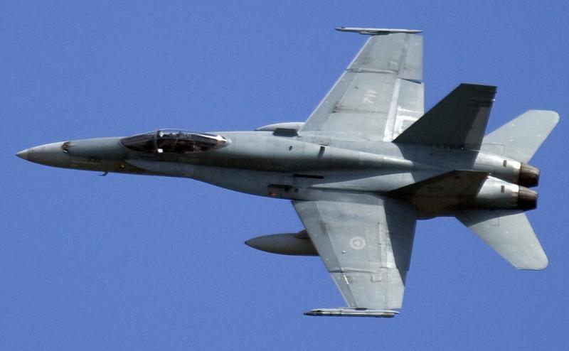 MCDONNELL-DOUGLAS F/A-18 HORNET  264506CF_18