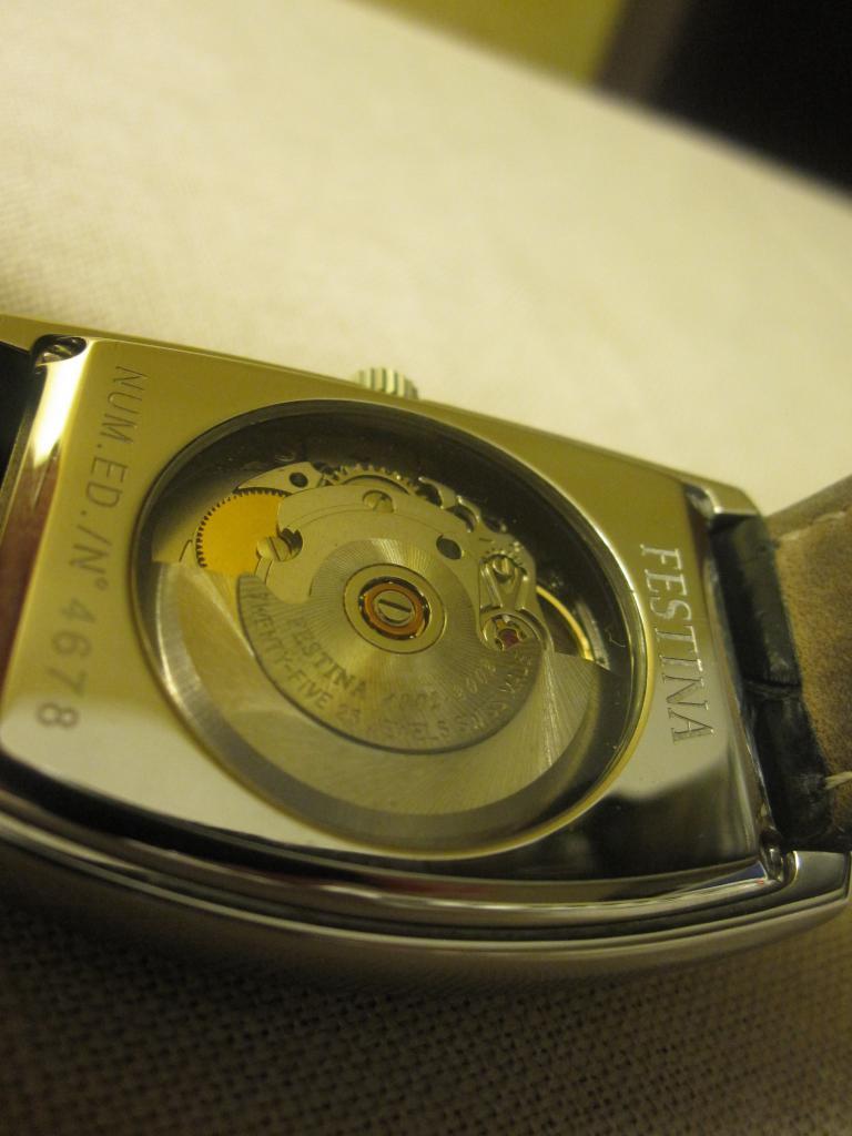 2002, ma première montre auto, une Festina 269898IMG9496