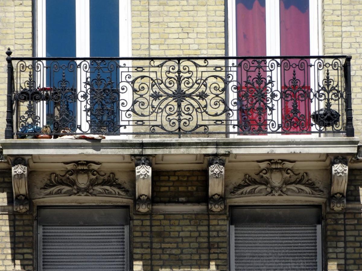Balcons en fer forgé - Page 2 270908078Copier